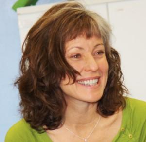 Kathy headshot-1